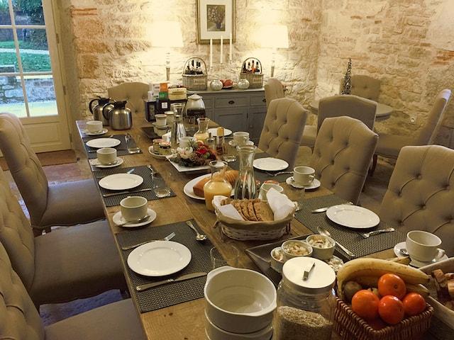 chambre d'hotes petit dejeuner les hauts de saulies